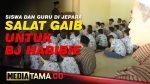 VIDEO : SISWA DAN GURU DI JEPARA GELAR SHOLAT GAIB UNTUK HABIBIE